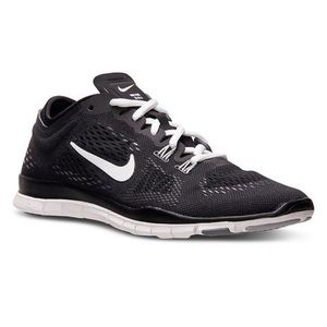 Nike Free TR Fit 4 Black and White Sneakers